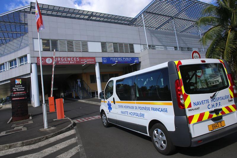 Les hospitalisations accélèrent encore