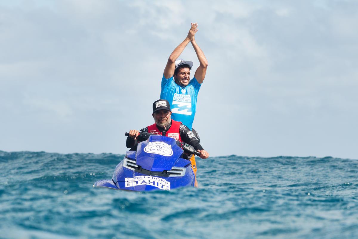 Jérémy Florès tirera sa révérence fin août à Teahupoo, théâtre de la 8e et dernière étape du CT cette saison. Il s'était imposé en 2015 à Tahiti, l'une de ses quatre victoires sur le tour mondial.  (Photo : Kelly Cestari/WSL)