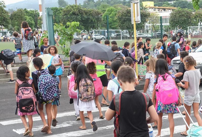 La rentrée scolaire en pleine crise sanitaire suscite inquiètudes et interrogations.
