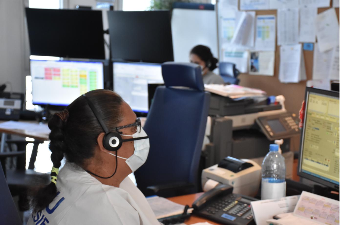 Les services du Samu reçoivent actuellement près de 400 appels par jour.