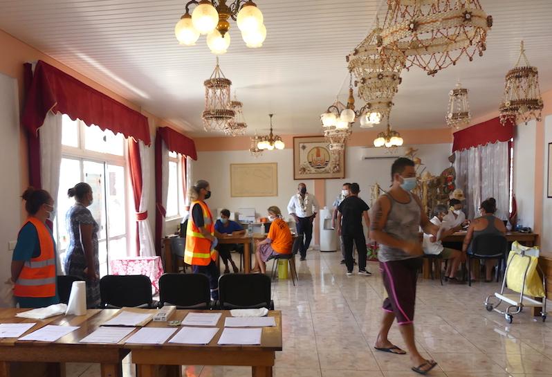 Le vaccinodrome installé dans la mairie de Avatoru.