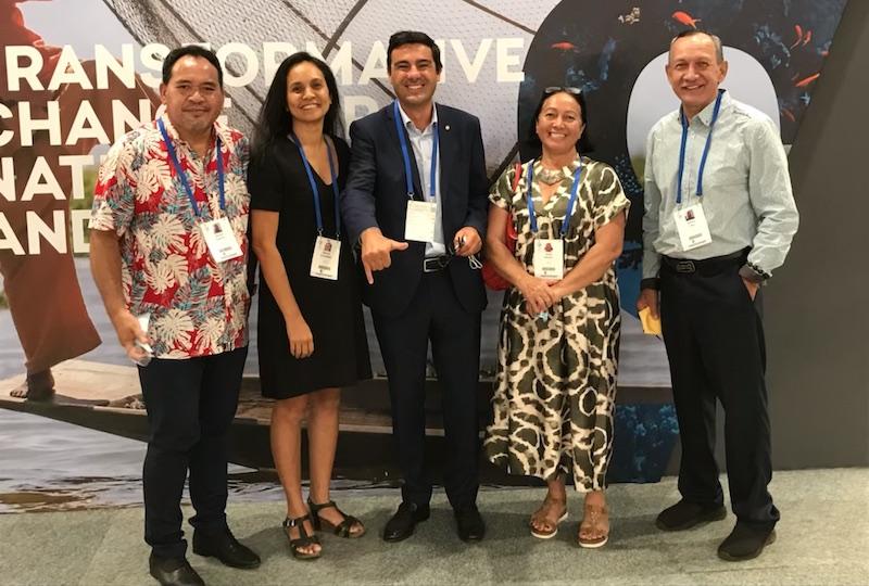 Benoit Kautai, Joëlle Frébault et Nestor Ohu, respectivement maires de Nuku Hiva, Hiva Oa et Ua Huka, se sont rendus début septembre au congrès de l'UICN pour faire entendre leur voix et échanger avec d'autres pays sur les aspects techniques des AMP.