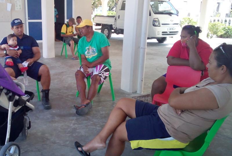 Une équipe médicale s'est déplacée à Amanu afin de vacciner la population. Un vaccinodrome  a été installé sous l'abri anticyclonique de l'atoll.