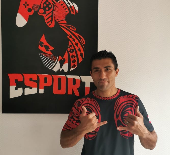 Fausto Reid-Amaru, 36 ans, fondateur et manager de l'AS E-Sport. Ce dernier est installé en métropole.