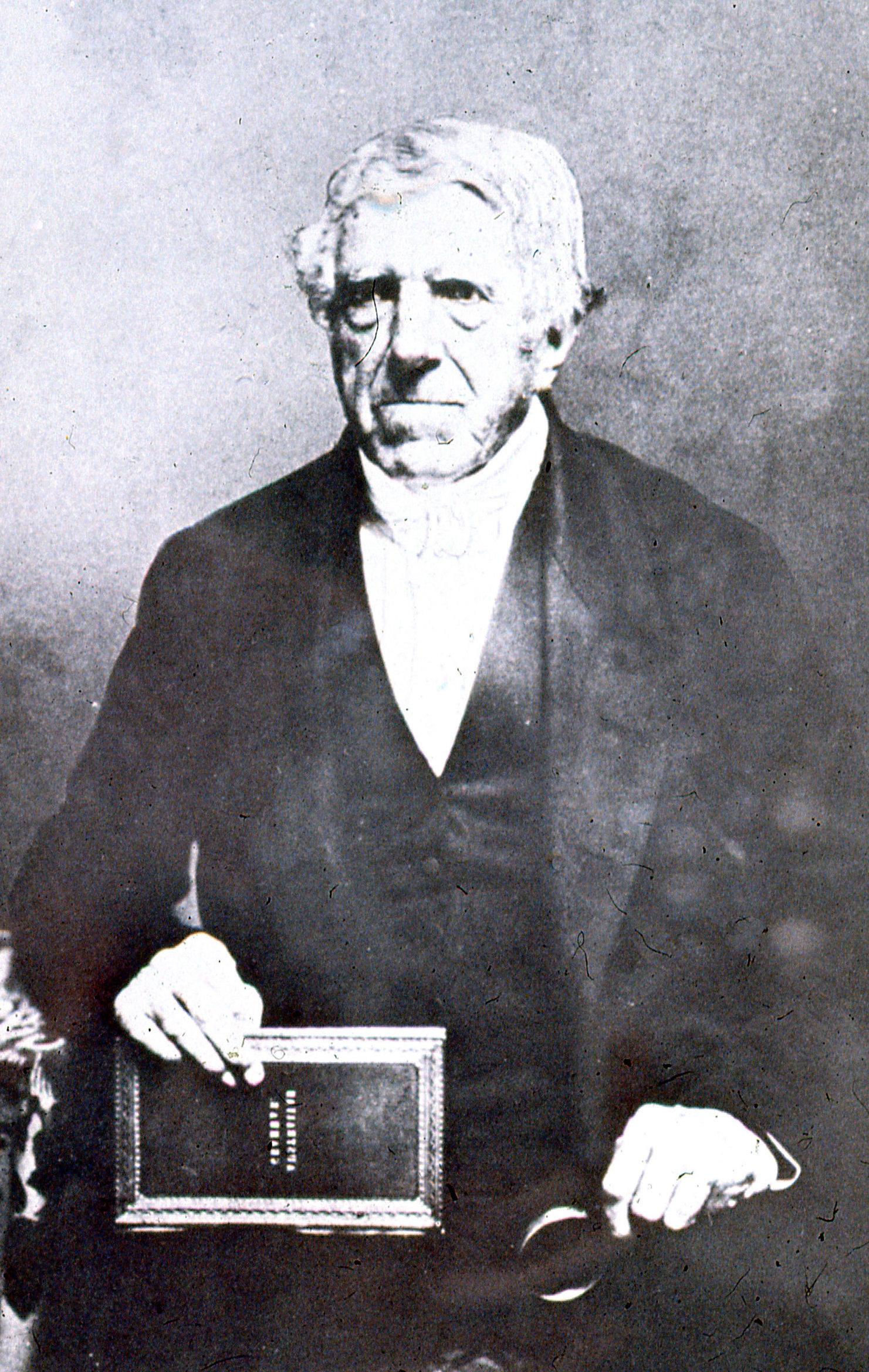 Lancelot Threlkeld est l'un des deux missionnaires ayant récupéré A'a à Raiatea.