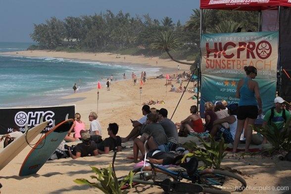 Surf: Vans HIC Pro à Oahu, Hawaii. Stieven Pierson encore en lice