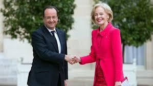 Lors d'une entrevue lundi 3 juin 2013 avec le Président français lors d'un déplacement à Paris, Mme Quentin Bryce, Gouverneure générale australienne, avait invité M. Hollande à se rendre en visite officielle en Australie, à l'occasion du sommet du G20 qui devrait s'y dérouler en novembre 2014.