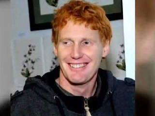 """Décès du surfeur Kirk Passmore : la vidéo de la """"dernière vague"""""""