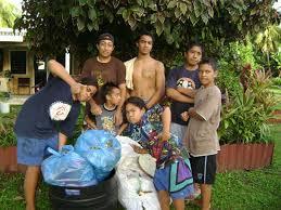 Etre jeune à Niue, confetti de la planète, entre internet et coutume polynésienne