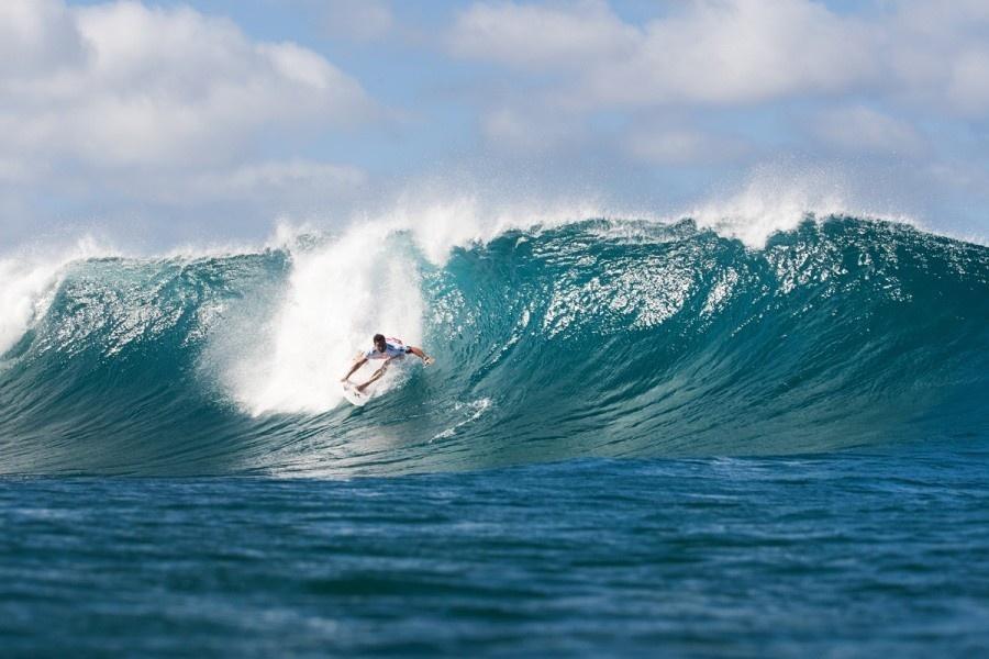 Surf- Billabong Pipe Master. Le suspense à son comble pour le titre de champion du monde.
