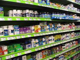 Les médicaments non remboursés, bientôt vendus en supermarché?