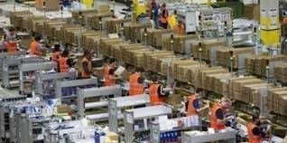 """Saison des fêtes """"record"""" pour Amazon, mais retards du côté des livraisons"""