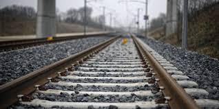 Dordogne: Il roule 2 km sur une voie ferrée et appelle les gendarmes car il est perdu