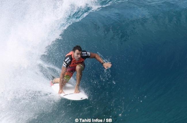 Surf – Joel Parkinson, champion du monde 2012, frôle la noyade en Australie !