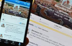 Les tweets du pape en latin: un succès aussi intrigant qu'inattendu