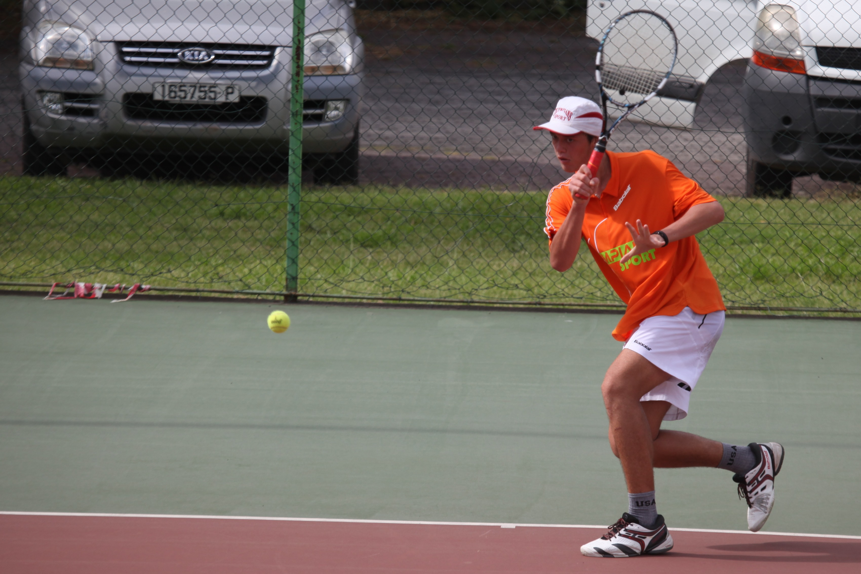 Tennis Top 12 - Heve Kelley, 16 ans, bat le champion de Polynésie !