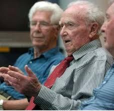 USA: à 101 ans, il brigue un mandat au Congrès