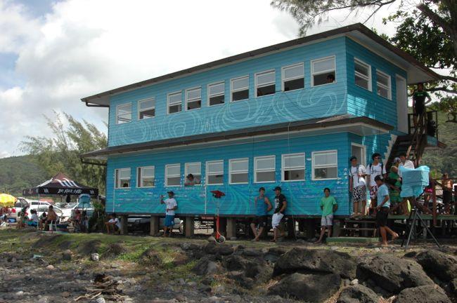 Tahiti Surf Tour : La victoire pour Taumata Puhetini mais la participation est timide (MAJ)