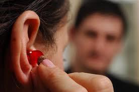 Appareils auditifs: les deux tiers des personnes équipées insatisfaites