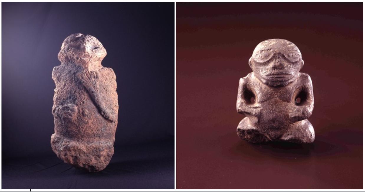 """Statuette de gauche : """"Statuette anthropomorphe, ti'i, de Tautira. Collection Musée de Tahiti et des Îles - Te Fare Manaha, num d'inv. 83.10.01. Crédits photographiques: Danee Hazama. -  Statuette de droite : """"Statuette anthropomorphe, tiki, des Marquises. Collection Musée de Tahiti et des Îles - Te Fare Manaha, num d'inv. 5691. Crédits photographiques: Danee Hazama""""."""