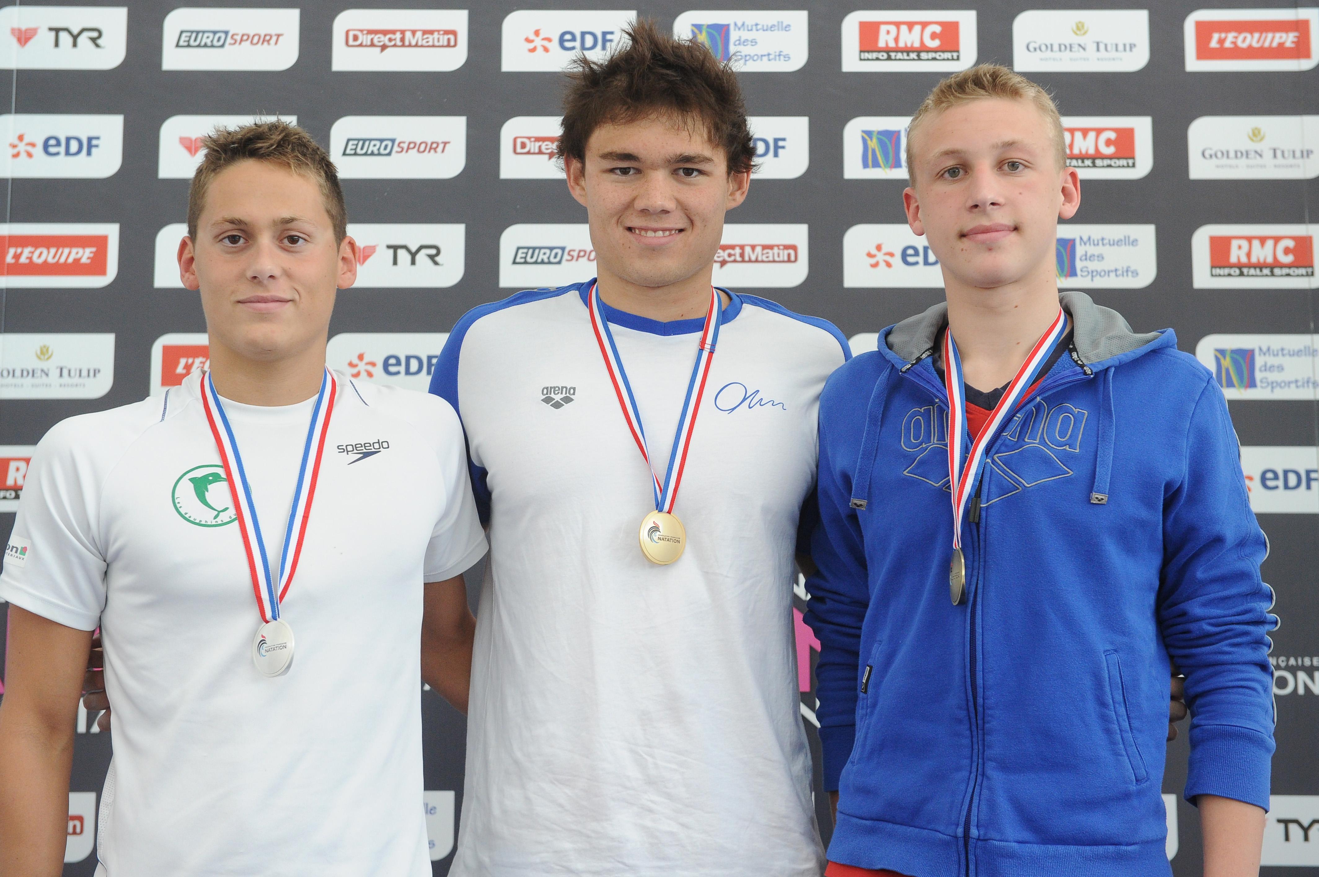 Natation: 2 médailles d'or et une sélection en équipe de France Juniors pour le jeune polynésien Rahiti DE VOS.