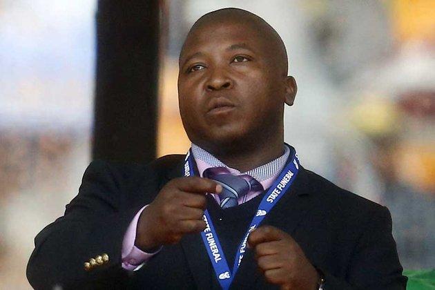 Le faux interprète durant l'hommage à Mandela embauché pour une pub