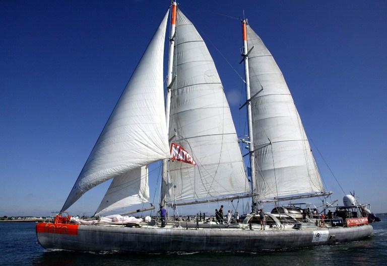 Le voilier Tara part traquer les micro-plastiques en Méditerranée