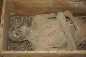Des écoliers découvrent une momie vieille de 7.000 ans dans le nord du Chili