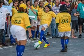 Mondial-2014: des prostituées jouent au foot pour défendre leurs droits