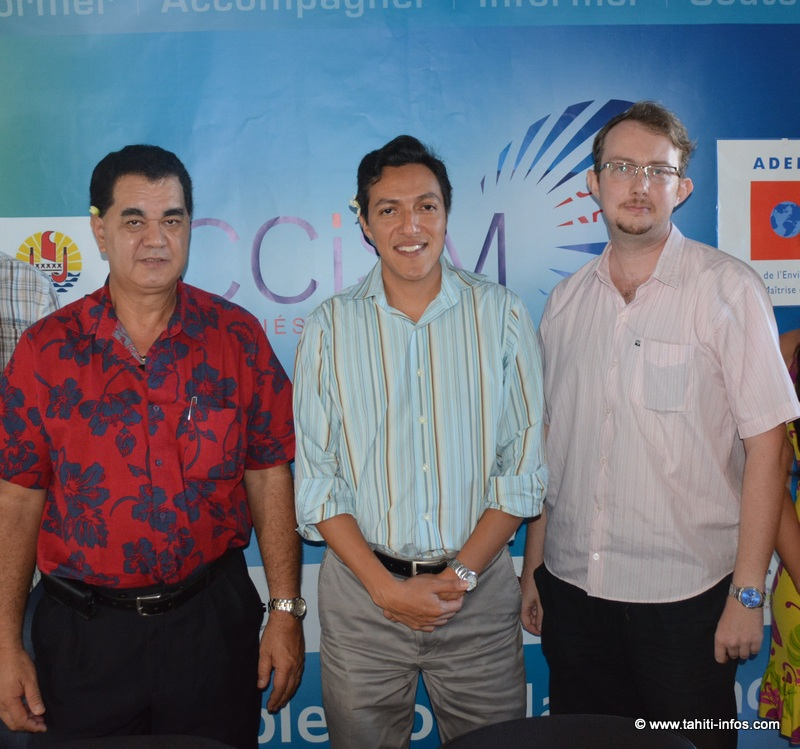 Stéphane Chin Loy, président de la CCISM, Engel Raygadas, conseiller technique du ministère de l'Equipement et du Tourisme, François Maurice de l'ADEME