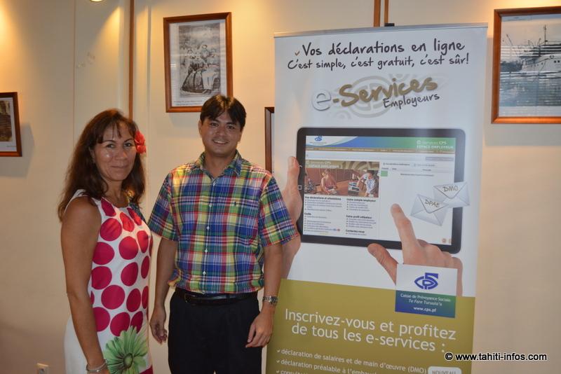 Doriane Domingo, responsable communication, et Heimanu Suard, chef de service cotisations à la CPS