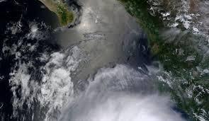 L'ouragan Hernan rétrogradé en tempête tropicale dans l'est du Pacifique