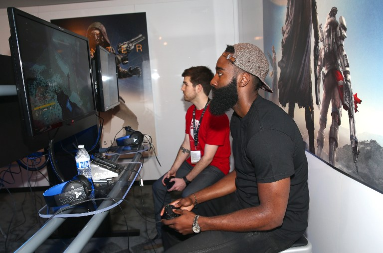 """Des millions de joueurs ont testé en ligne le nouveau jeu vidéo """"Destiny"""""""