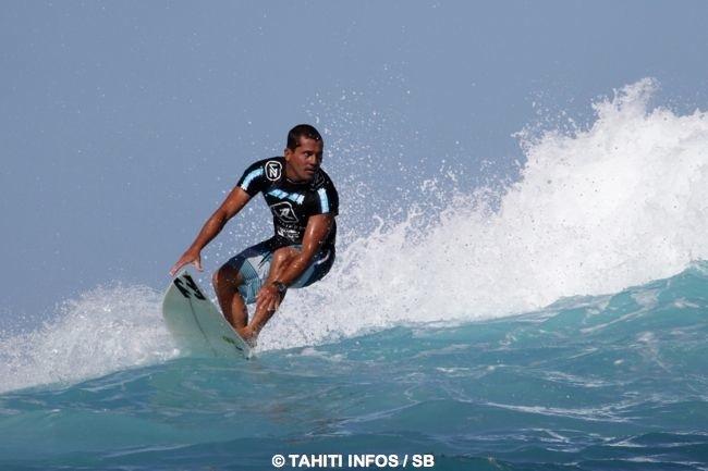 Surf – Du 'GROS' pour les 'Air Tahiti Nui Billabong Pro Trials' !