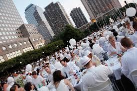 """A New York, 4.800 personnes pour la 4e édition du """"dîner en blanc"""""""