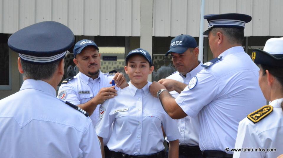 12 Cadets de la République deviennent policiers après un an de formation