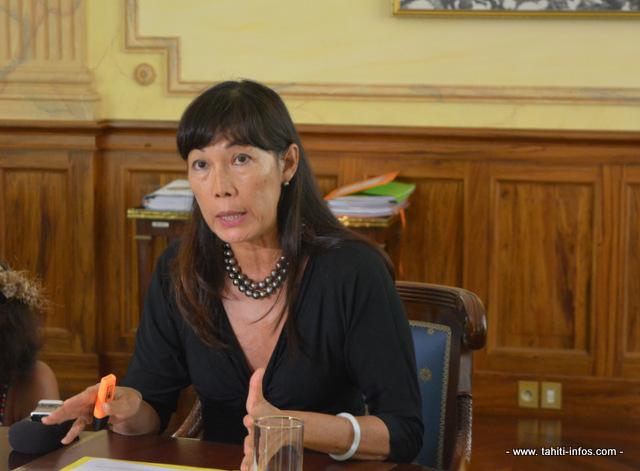 Béatrice Chansin, la ministre de la santé du gouvernement polynésien explique qu'un protocole pour faire face à des cas de virus Ebola a été préparé.