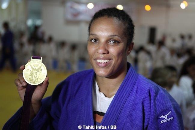 Julie Décosse est championne olympique et championne du monde de judo