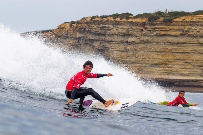 Surf International – Championnats du monde junior : Mateia Hiquily qualifié pour le round 4 !