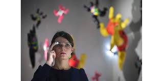 Au musée, suivez un nouveau guide: des Google Glass...