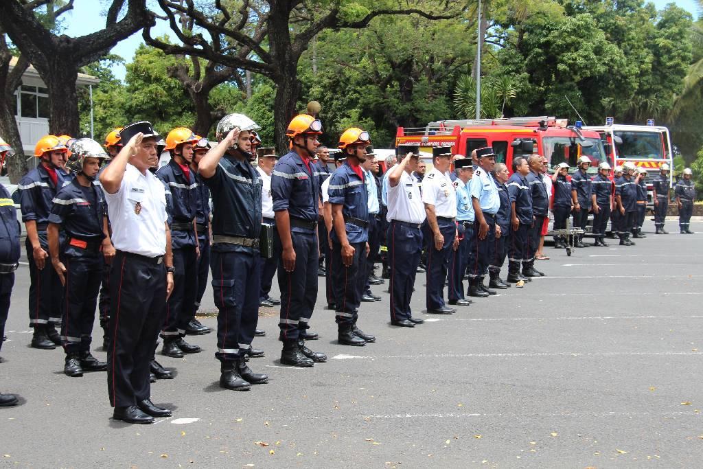 Hommage est rendu aux combattants du feu