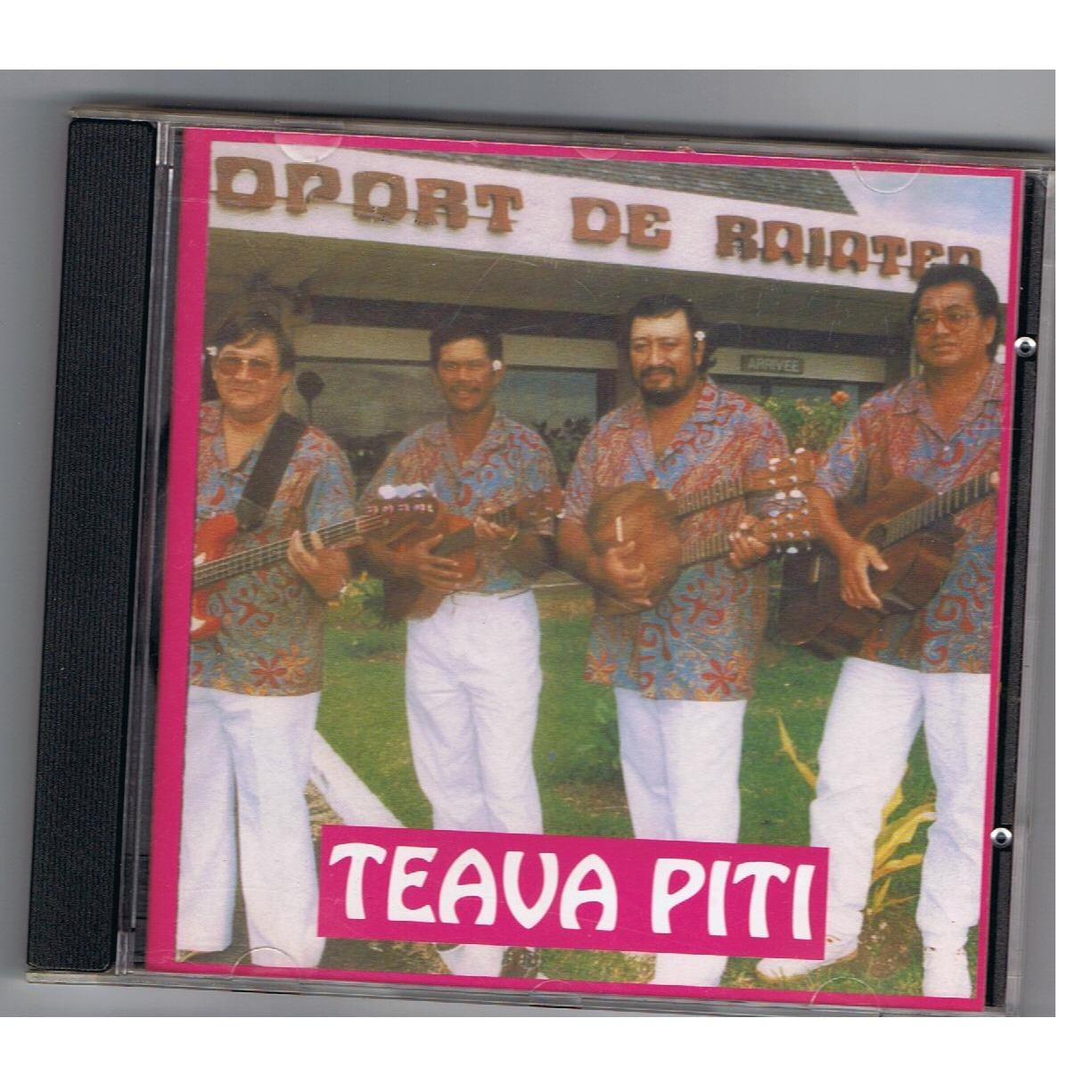 """Un des CD du groupe """"Te ava piti"""" où l'on reconnait Emile Sham Koua à la gauche."""