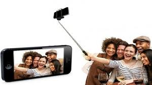 """Le """"bras pour selfie"""" offre une nouvelle perspective à la photo"""