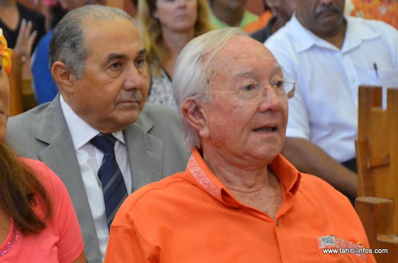 Gaston Flosse et Hubert Haddad, au palais de justice de Papeete en septembre 2012, lors du procès en correctionnelle de l'affaire dite des annuaires de l'OPT