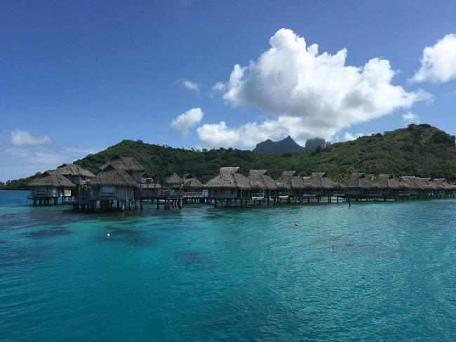 Le Hilton de Bora Bora.