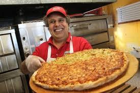 Canada: un couple débourse 140 dollars pour une pizza de rêve devant le Super Bowl