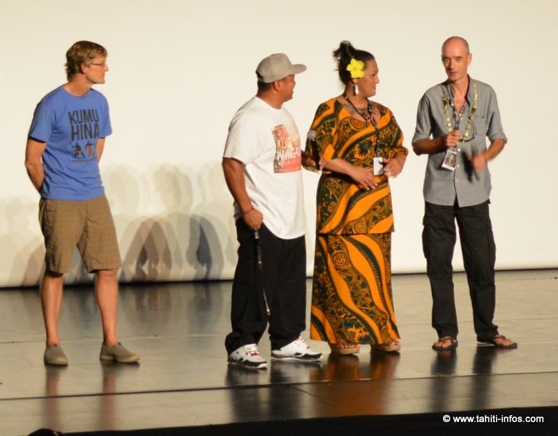 Le réalisateur de Kumu Hina et les deux héros de son documentaire, lors du questions-réponses avec le public du Fifo