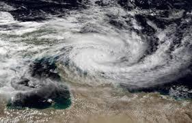 L'Australie sous une double menace cyclonique
