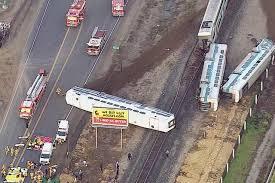 Au moins 30 blessés dans la collision d'un train avec un camion près de Los Angeles