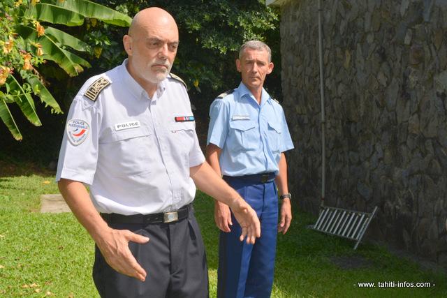 Le commissaire divisionnaire François Perrault directeur de la sécurité publique et le colonel Pierre Caudrelier commandant le groupement de gendarmerie de la Polynésie française en appellent à une participation active de la population pour aider les forces de l'ordre dans la lutte contre les vols.